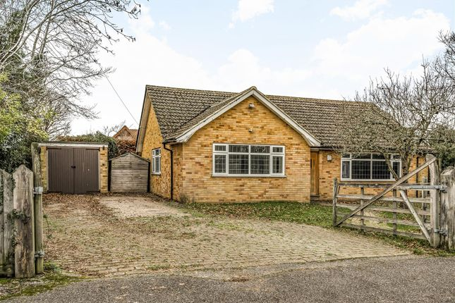 Thumbnail Bungalow for sale in Kenyons, West Horsley, Leatherhead