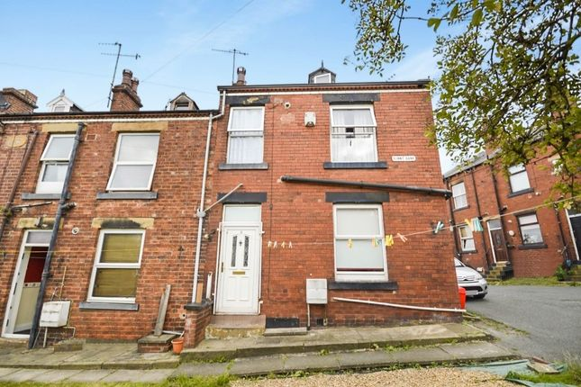 Thumbnail Terraced house to rent in Sunny Bank, Churwell, Morley, Leeds