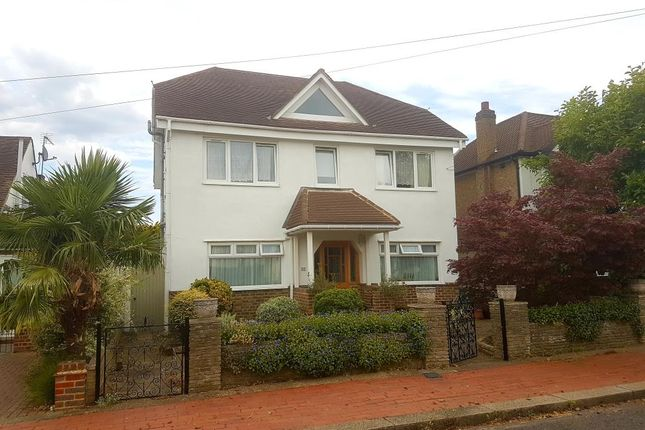 Thumbnail Detached house for sale in Greenwood Road, Thames Ditton