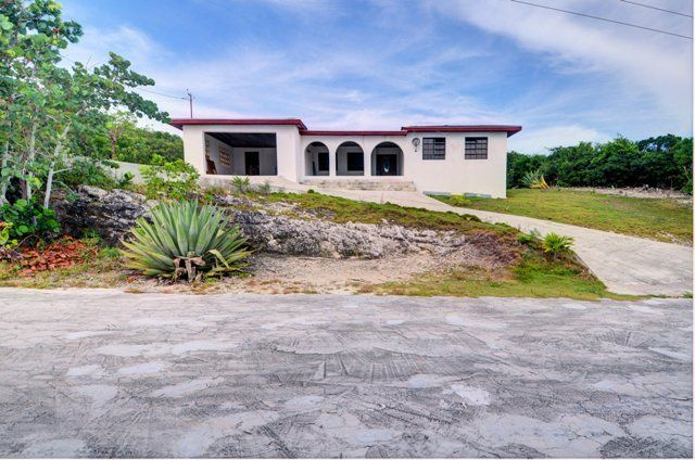 4 bed property for sale in Rainbow Bay, Eleuthera, The Bahamas