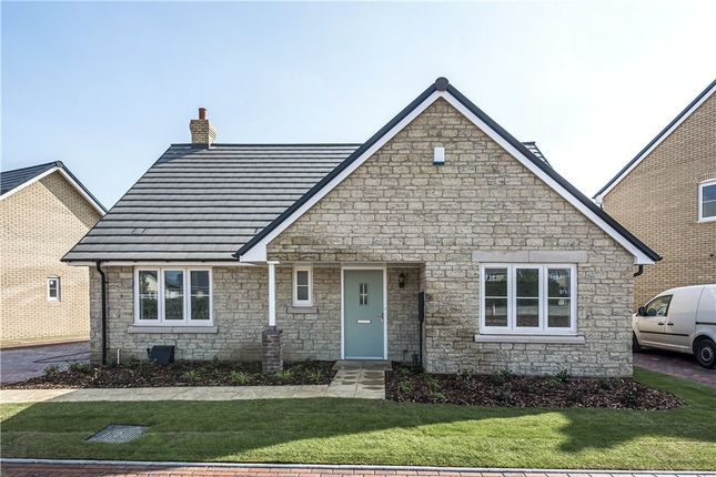 Thumbnail Bungalow for sale in Hawthorns, Cote Road, Aston