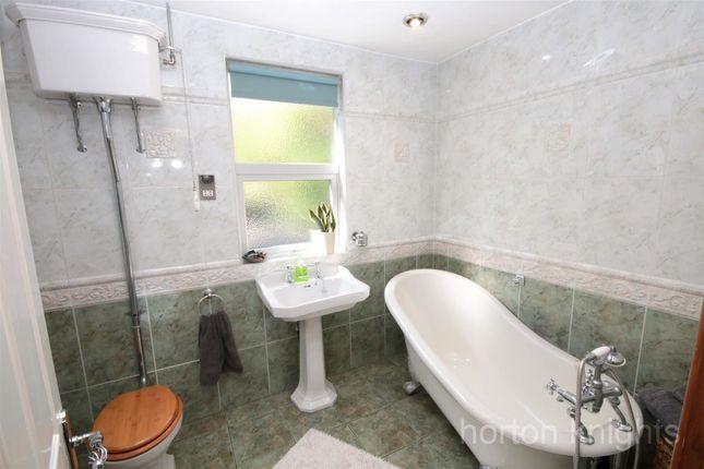 Bathroom of Victorian Crescent, Doncaster DN2