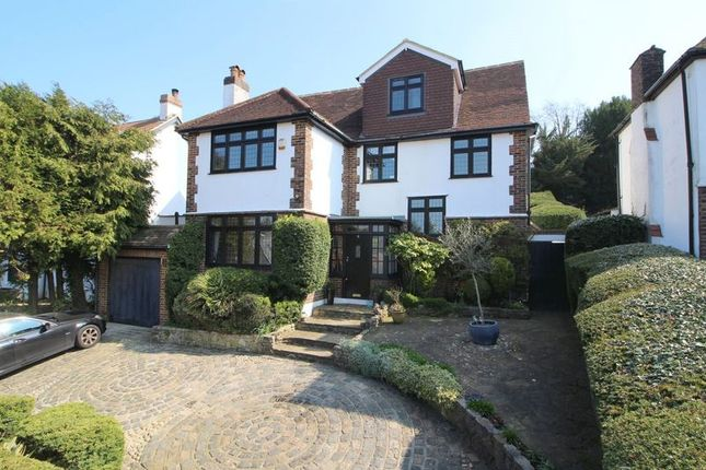 5 bedroom detached house for sale in Hartley Down, Purley