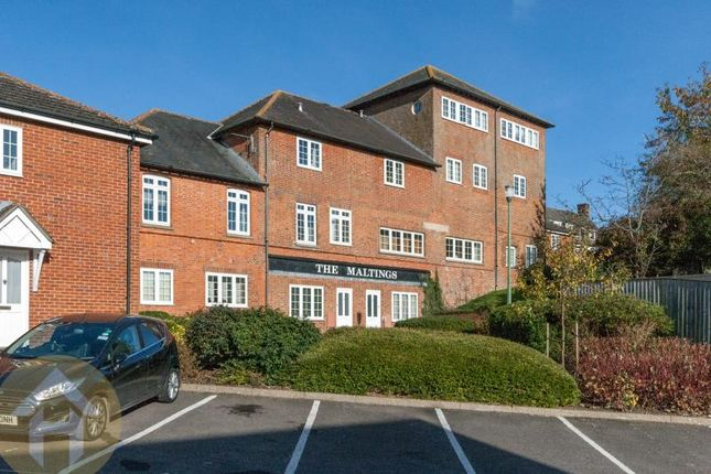 Thumbnail Flat to rent in The Maltings, Royal Wootton Bassett