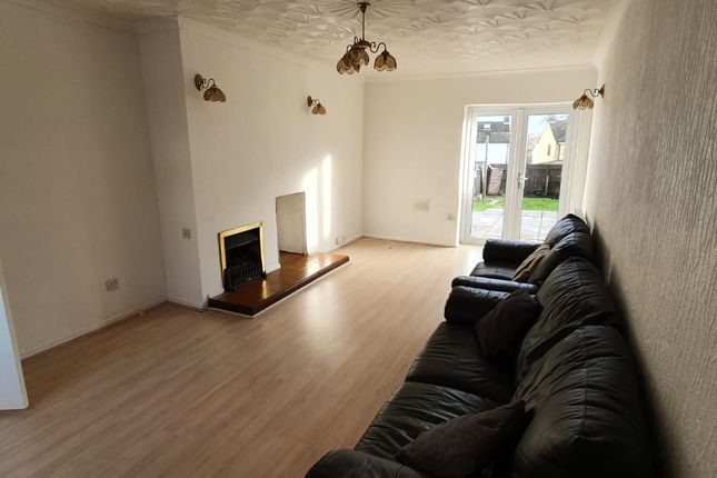 4 bed terraced house to rent in St David's Crescent, Penarth, Vale Of Glamorgan CF64