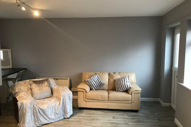 1 bed flat to rent in Burton Stone Lane, York