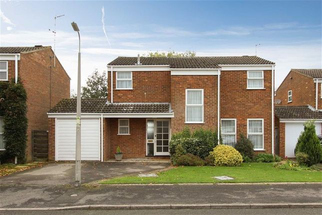 Thumbnail Detached house for sale in Cotswold Drive, Leighton Buzzard