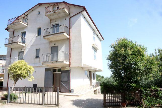 Thumbnail Apartment for sale in Cuccio, San Giorgio Albanese, Cosenza, Calabria, Italy