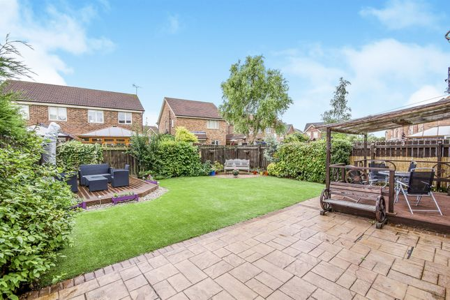 4 bed detached house for sale in Carr Beck View, Whitwood, Castleford