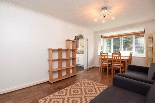 Thumbnail Flat to rent in Laburnum Close, London