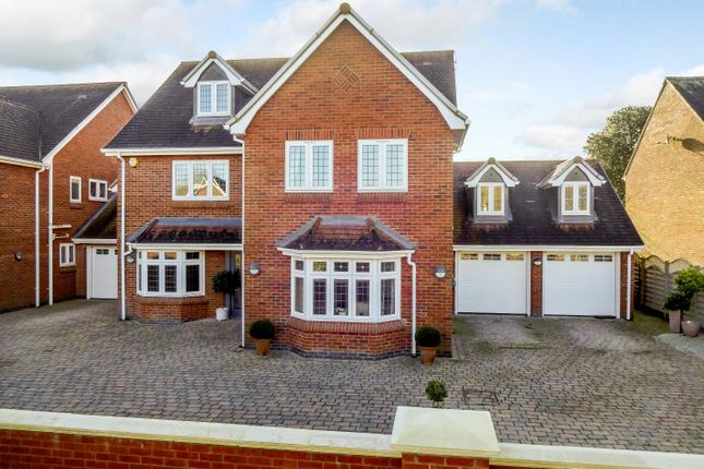 Thumbnail Detached house for sale in Meeting House Lane, Balsall Common, Balsall Common Coventry