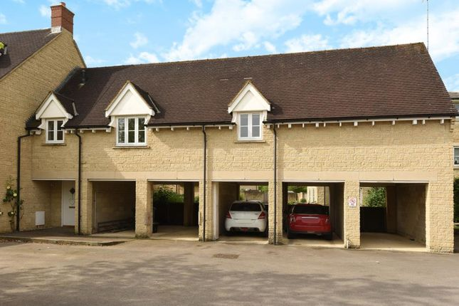 Thumbnail Maisonette for sale in Knoll Walk, Chipping Norton
