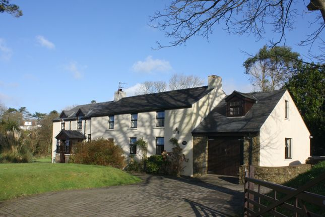 Thumbnail Farmhouse for sale in Pill Road, Hook, Haverfordwest