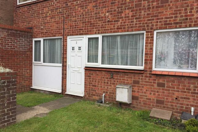 2 bed flat to rent in Templemere, Norwich