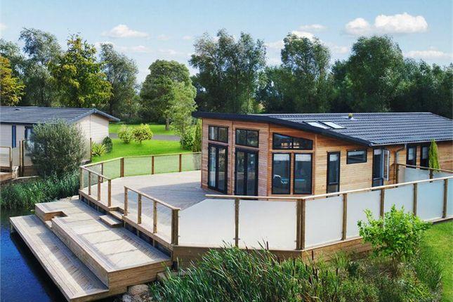 Thumbnail Mobile/park home for sale in Langtoft Fen, Langtoft, Peterborough