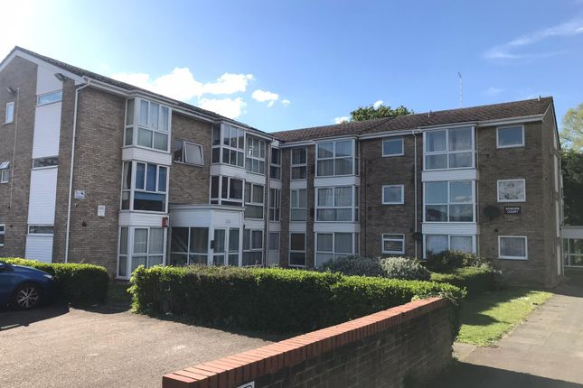 2 bed flat for sale in Woburn Court, Vincent Road, Luton LU4
