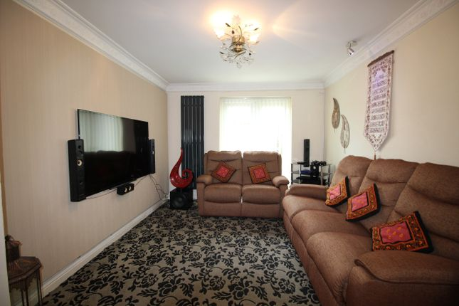 Terraced house for sale in Morgan Close, Leagrave, Luton