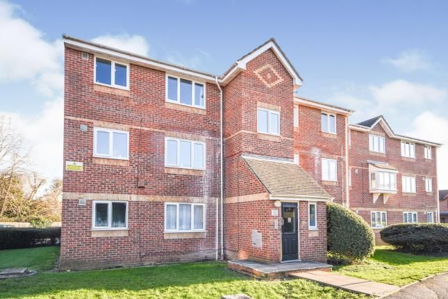 1 bed flat for sale in Vange, Basildon, Essex SS16