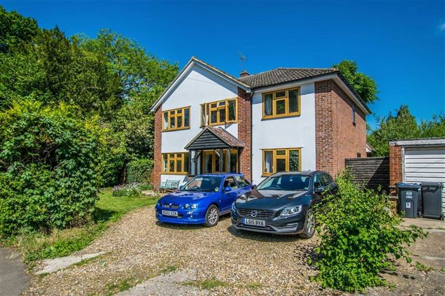 Thumbnail Detached house for sale in Vicarage Lane, Hertford, Herts