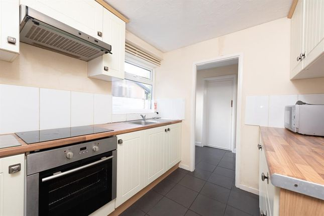 Thumbnail 4 bed terraced house for sale in Essex Street, Reading, Berkshire
