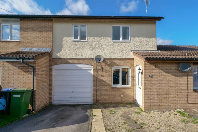 Thumbnail Terraced house for sale in Smiths Way, Alcester