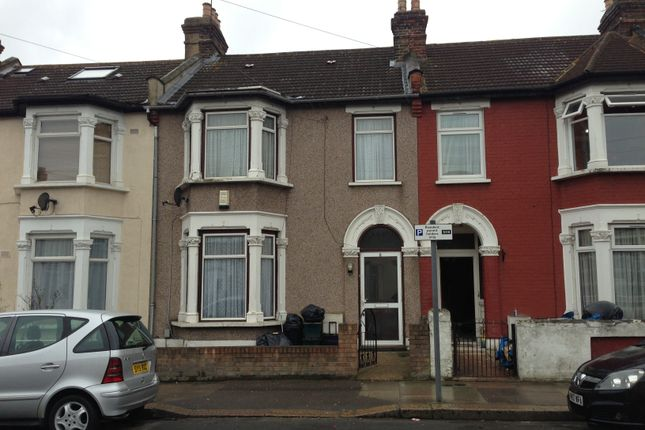 Thumbnail Terraced house for sale in Highbury Gardens, Ilford