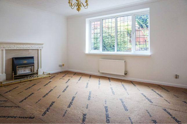Living Room of Badger Close, Rochdale OL16