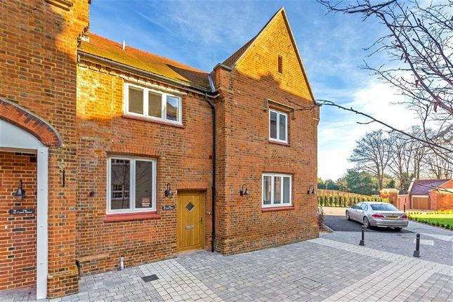 Thumbnail Property for sale in Hitchin Road, Codicote, Hertfordshire