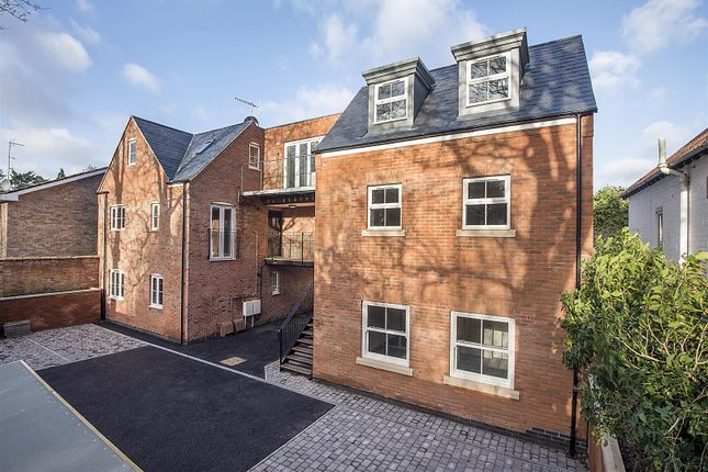 Thumbnail Flat to rent in Garden Row, Scholars Lane, Stratford-Upon-Avon