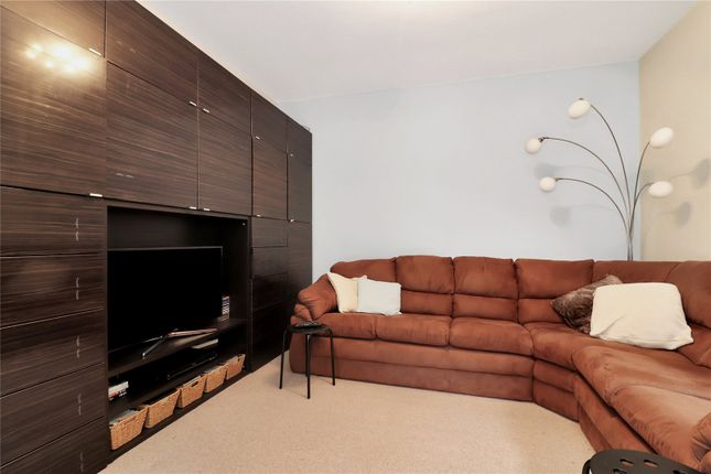 Family Room of Abbots Road, Abbots Langley WD5