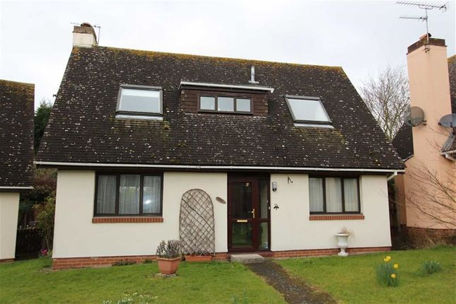 Thumbnail Detached house for sale in Taverners Way, North Chingford, London