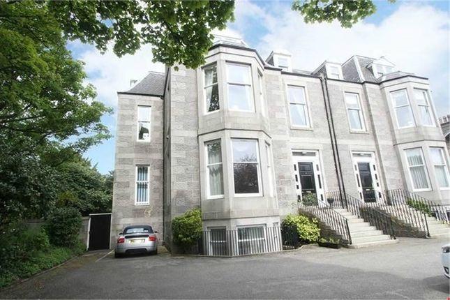 Thumbnail Flat for sale in Queens Gate, Aberdeen