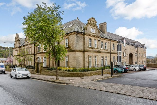 Thumbnail Flat for sale in Flat 6, Clare Court, Halifax, West Yorkshire