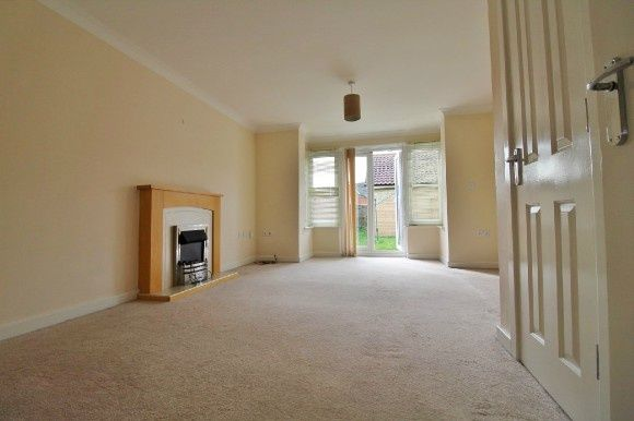 Thumbnail Semi-detached house to rent in Bull Road, Foxgrove Gardens, Ipswich
