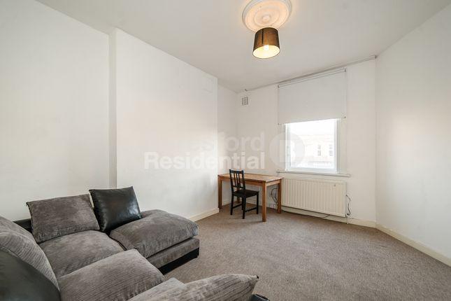 Thumbnail Flat to rent in Streatham Green, Streatham High Road, London