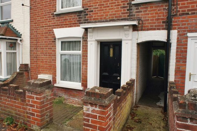 Thumbnail Property to rent in York Road, Brightlingsea, Colchester