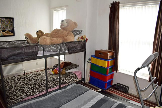 Primary Bedroom of Ayres Road, Old Trafford, Manchester M16