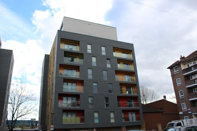Thumbnail 2 bed flat for sale in Crowder Street, Aldgate, London