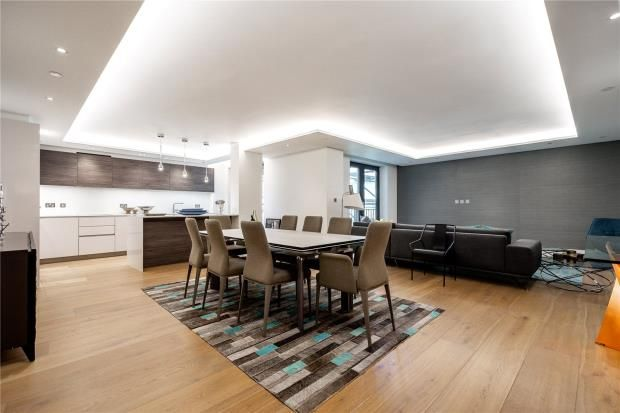 Thumbnail Flat for sale in 50 Kensington Gardens Square, Bayswater