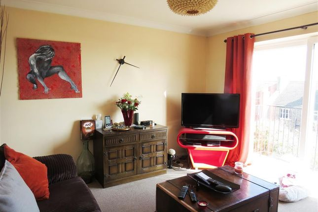 Living Room of St. Margarets Road, St. Leonards-On-Sea TN37