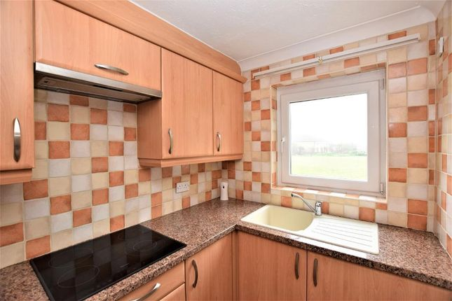 Photo 6 of Clifton Drive North, St Annes, Lytham St Annes, Lancashire FY8