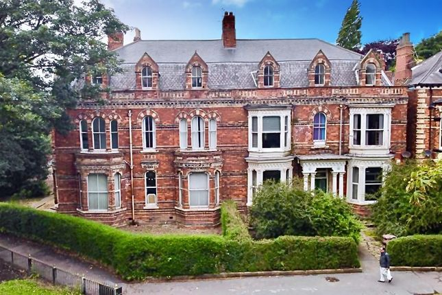 Thumbnail Block of flats for sale in Princes Avenue, Hull