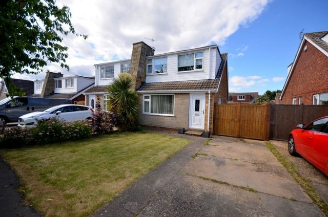 Thumbnail Semi-detached house to rent in Langton Road, Holton-Le-Clay, Grimsby