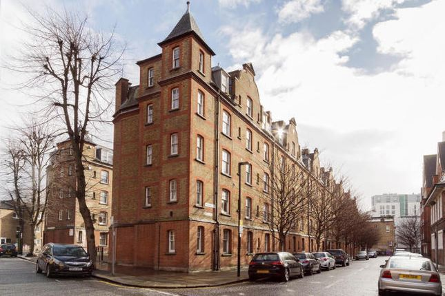 Thumbnail Flat to rent in Montclare Street, Shoreditch