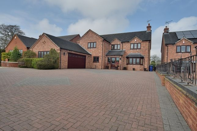 Thumbnail Detached house for sale in Stafford Road, Uttoxeter, Staffordshire