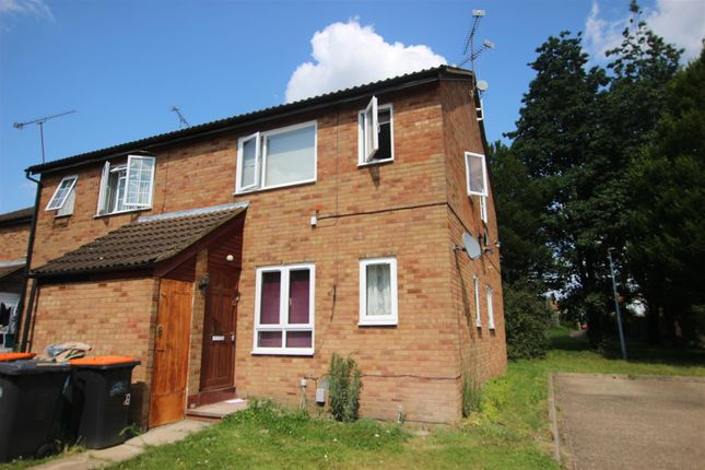 Thumbnail Maisonette to rent in Fensome Drive, Houghton Regis, Dunstable
