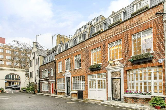Thumbnail Property for sale in Stanhope Mews East, London