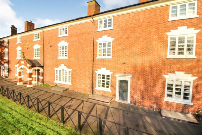 Thumbnail Town house for sale in Severn Side, Stourport-On-Severn