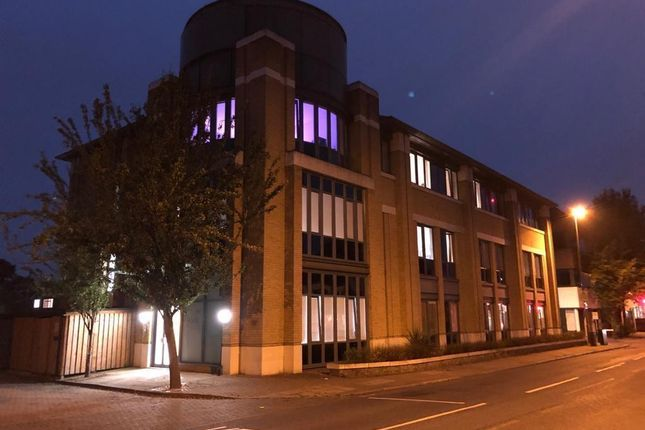 Thumbnail Flat for sale in London Road, London Road, Staines-Upon-Thames, Middlesex