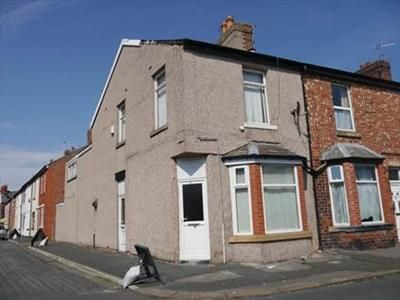 Thumbnail Commercial property for sale in 2 Rhyl Street, Fleetwood